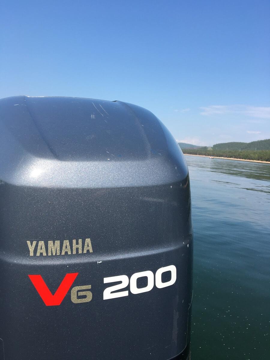 Аренда катера на Байкале и Ангаре - Катер Yamaha