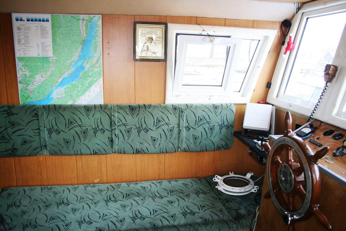 Аренда судов на Байкале и Ангаре - Корабль «MAX»