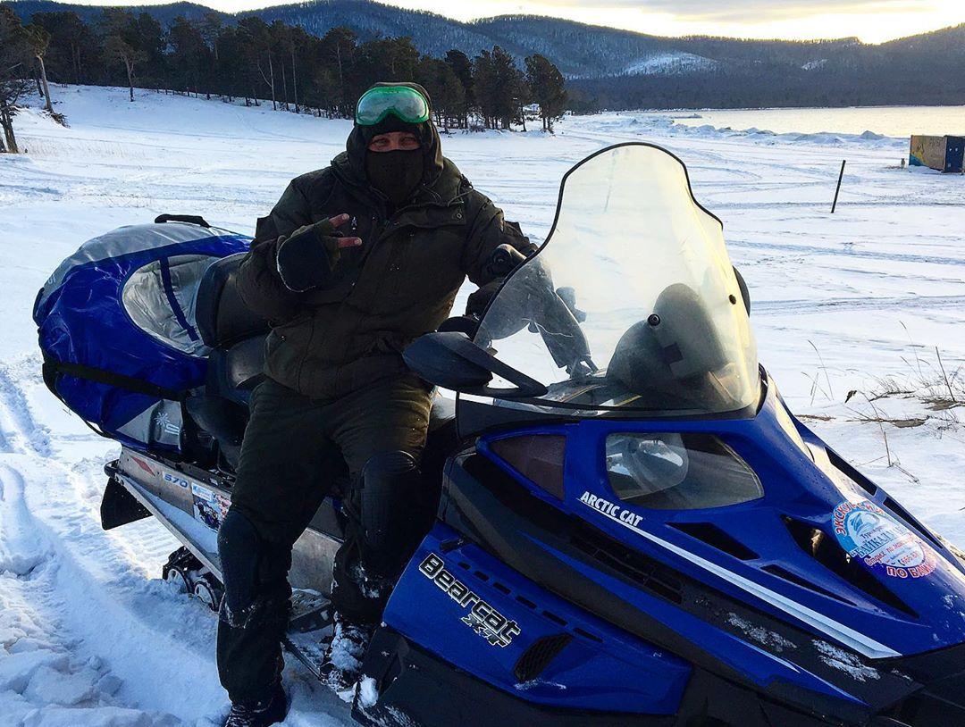 Катание на Снегоходах на Байкале